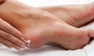 Рейтинг лучших средств от запаха ног в 2020 году для тех, кто хочет попрощаться со своими комплексами