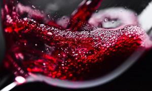 Рейтинг лучших красных сухих вин для любителей лёгкого алкоголя