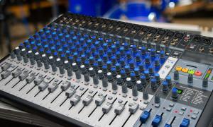 Создавать музыку может каждый: рейтинг лучших микшерных пультов на 2020 год