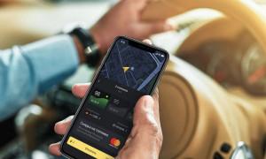 Лучшие смартфоны для работы в такси: рейтинг 2020 года
