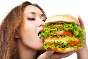 Вкусно и безопасно для здоровья: рейтинг лучших бургерных Москвы 2021 года