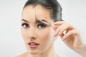 Чистая и красивая кожа: рейтинг лучших витаминов от прыщей 2021 года