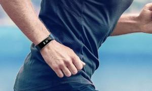 Шагайте в ногу со временем: рейтинг лучших смарт-часов и фитнес-браслетов с функцией NFC на 2020 год