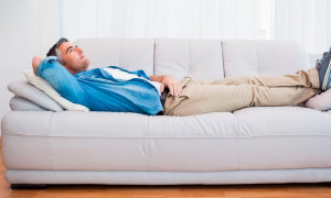 Ночной отдых с комфортом: рейтинг лучших диванов для сна на каждый день 2021 года