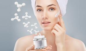 Кладезь влаги и полезных элементов для обезвоженного эпидермиса: рейтинг лучших кремов для сухой кожи 2021 года
