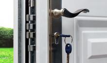 Боремся с воровством: рейтинг лучших фирм 2020 года, выпускающих замки для входных дверей