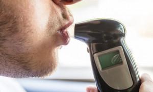 Как точно проверить уровень спирта в крови: рейтинг лучших алкотестеров в 2020 году