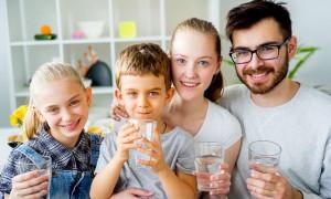 От мала до велика: рейтинг лучших поливитаминов 2021 года для взрослых и малышей