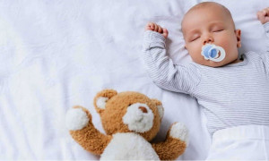 10 лучших сосок-пустышек для малышей: рейтинг 2020 года