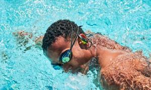 Подводная музыка: топ-рейтинг лучших наушников для плавания в 2020 году
