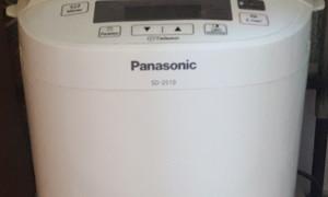 Если покупать хлебопечку то только Panasonic