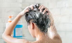 Сотри перхоть из memory: рейтинг лучших шампуней для жирных волос 2021 года