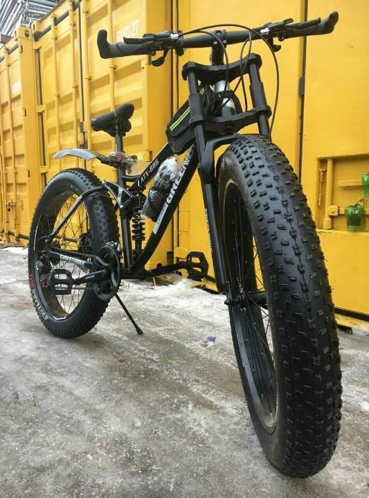 Надежный велосипед для езды по смешанной местности.
